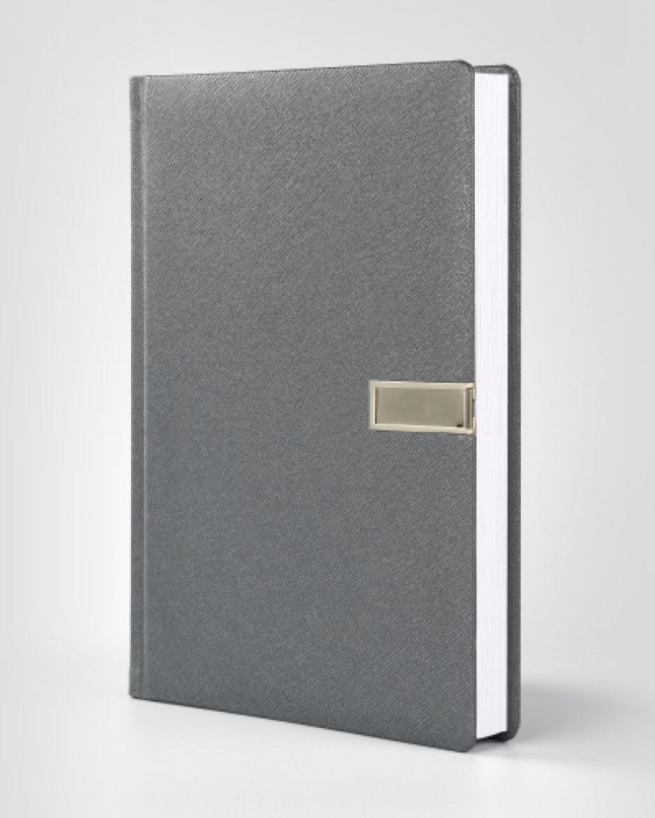 Indywidualny kalendarz książkowy z gadżetem