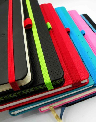 Kolorowe gumki do notesów