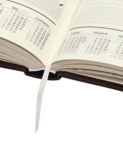 Środek niebieskiego kalendarza tygodniowego A4