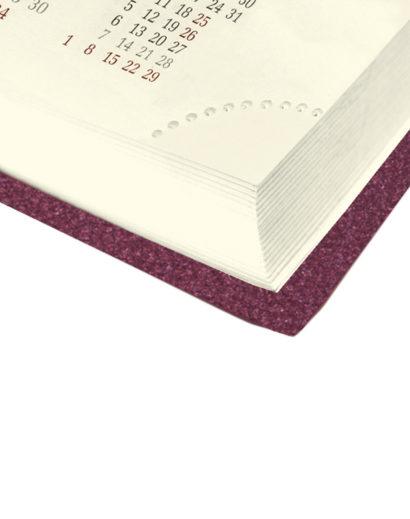 Róg kalendarza książkowego A4